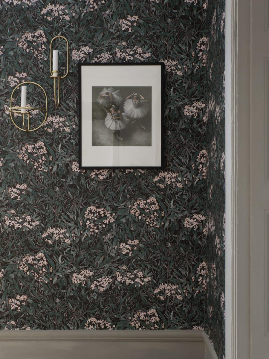 Sandberg-Wallpaper-Malin-225-81-detail-900x1200