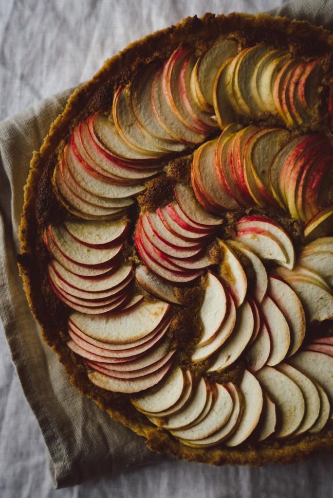 Babes_in_Boyland-autumn_apple_pie-7