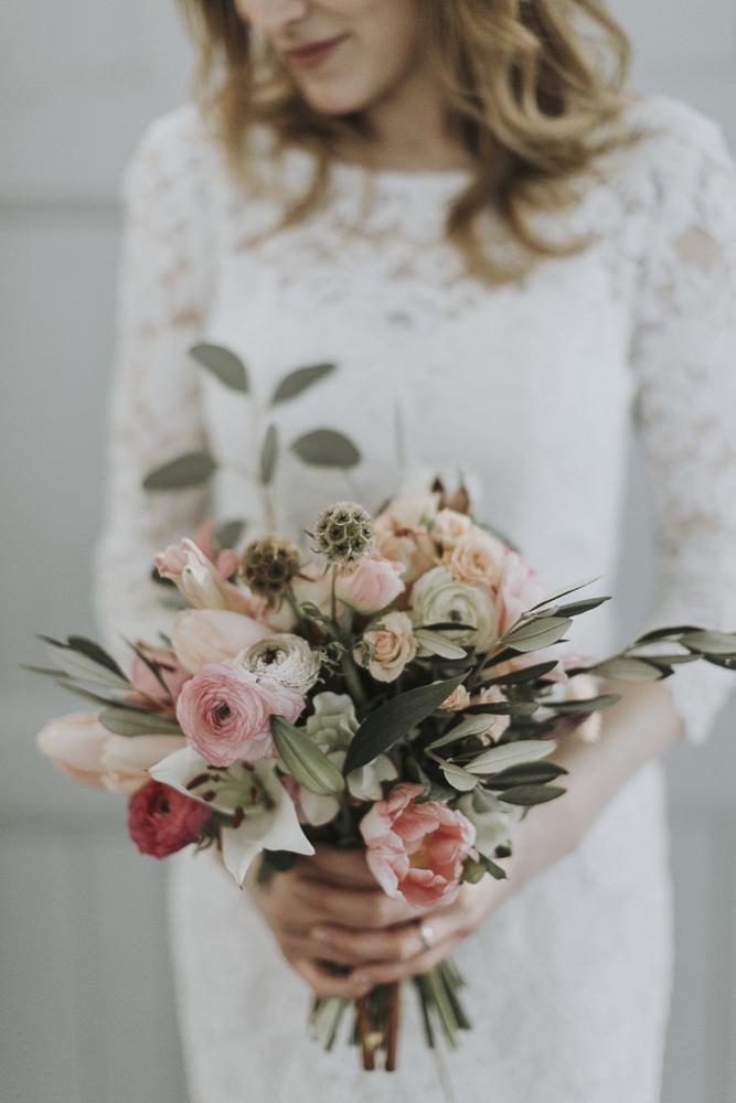bukett brollop skillad florals