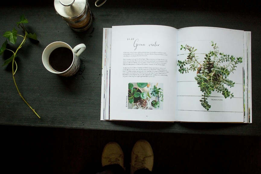 Ida Magntorn Homesrories uppslag+kaffe 1200x797