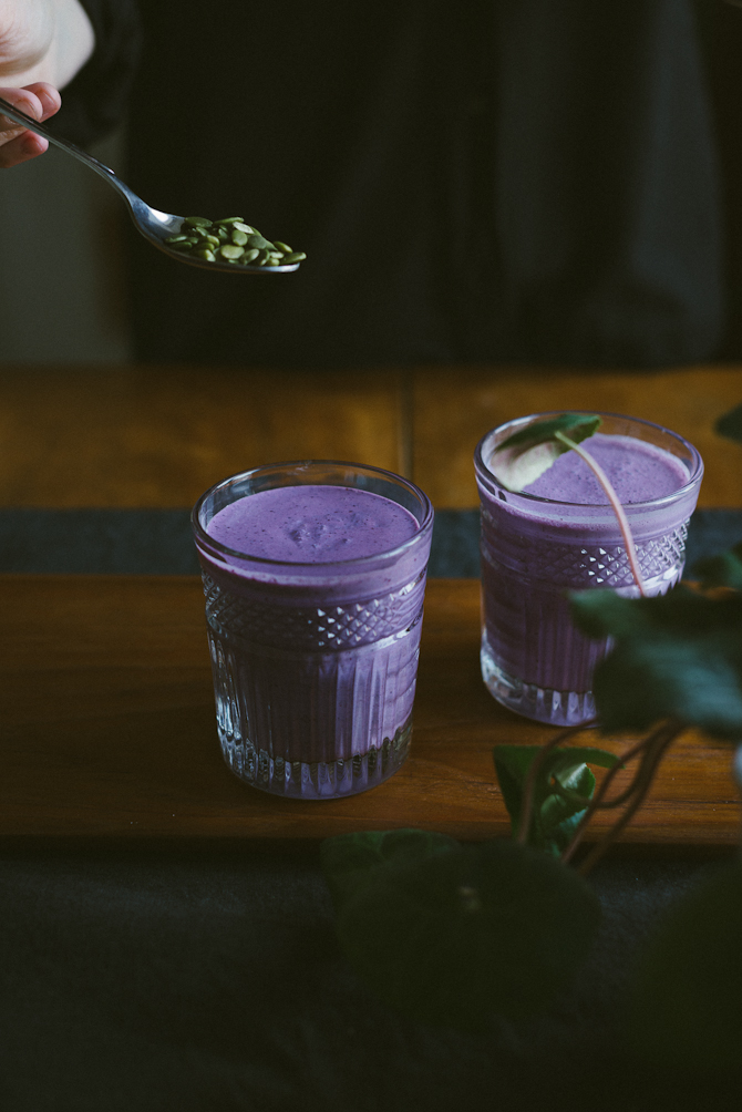 Blueberry Smoothie by Babes in Boyland