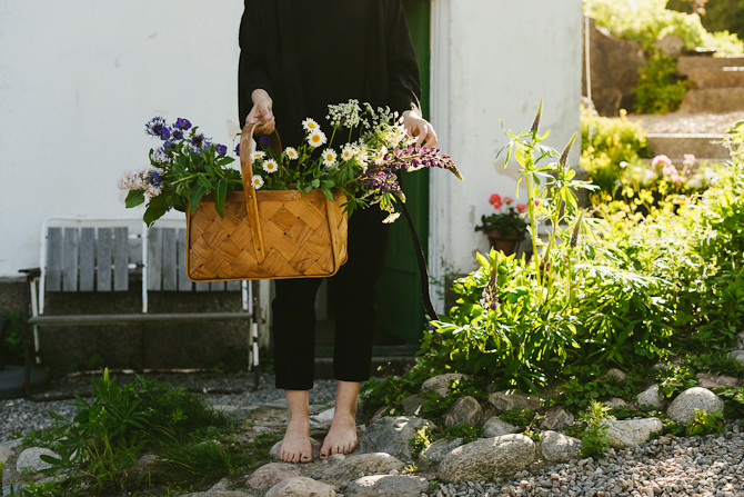 Summer flowers and strawberries by Babes in Boyland