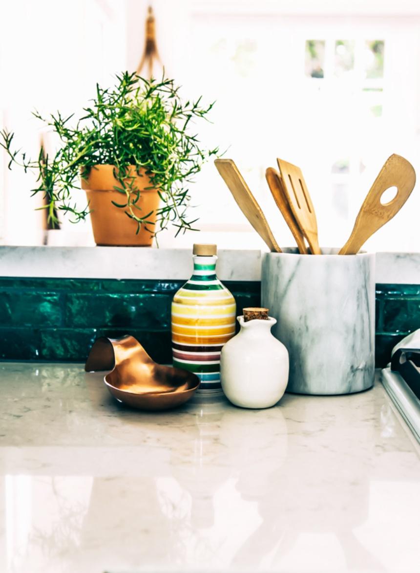 Justina-Blakeney_Jungalow-kitchen-lr-17