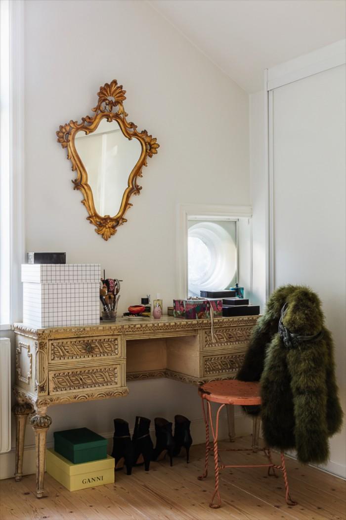 karolinedelaconcha-himma-dressingroom-700x1050