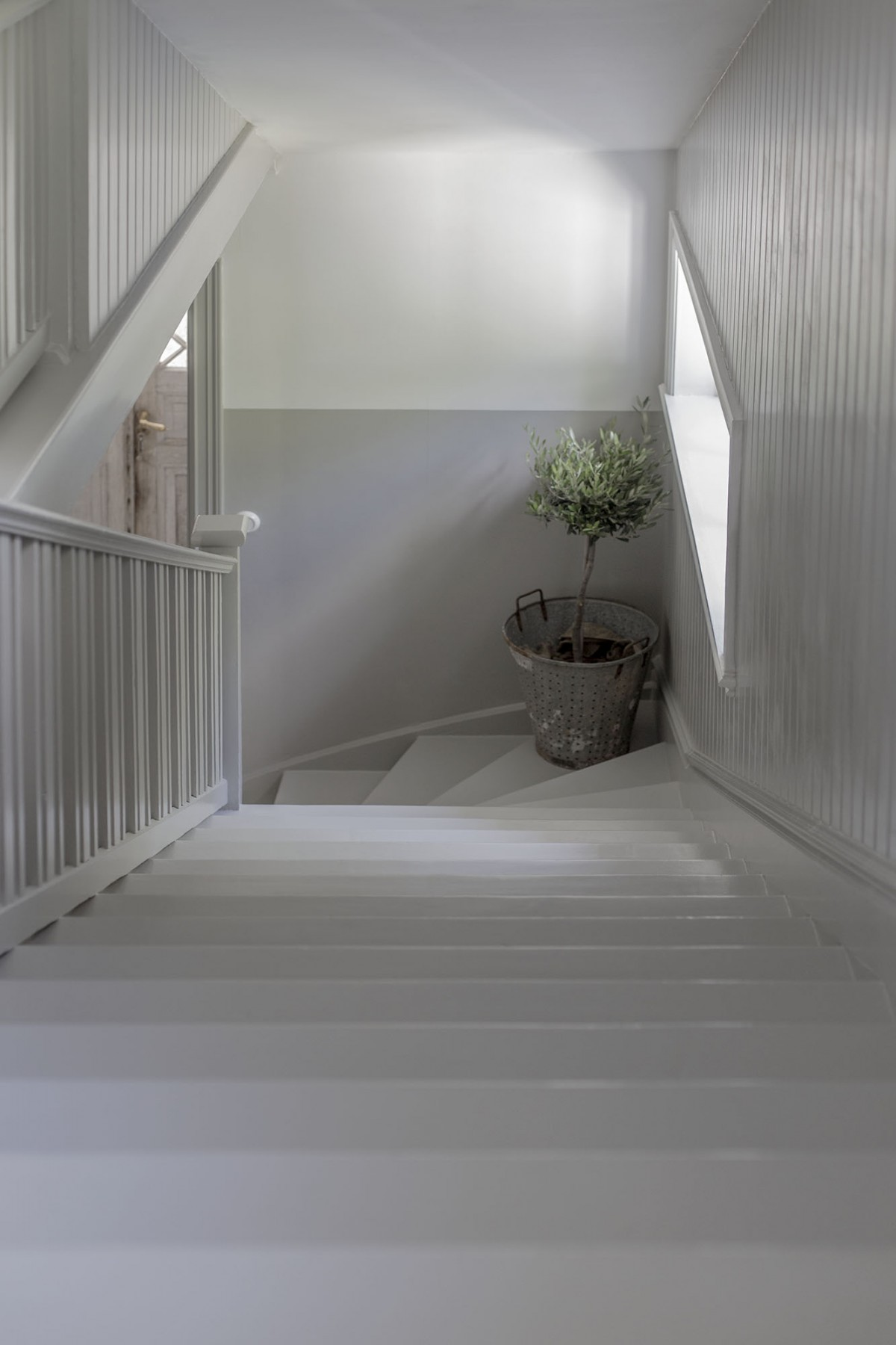 Strenghielm_alcro_hallway.1