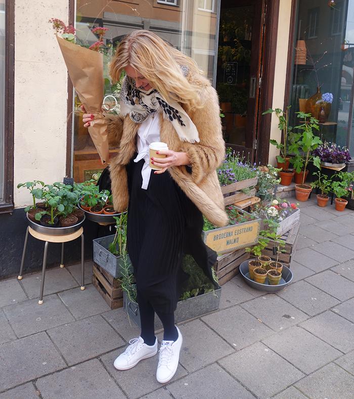 outfit_fredagsbuketten_langblondin_0429