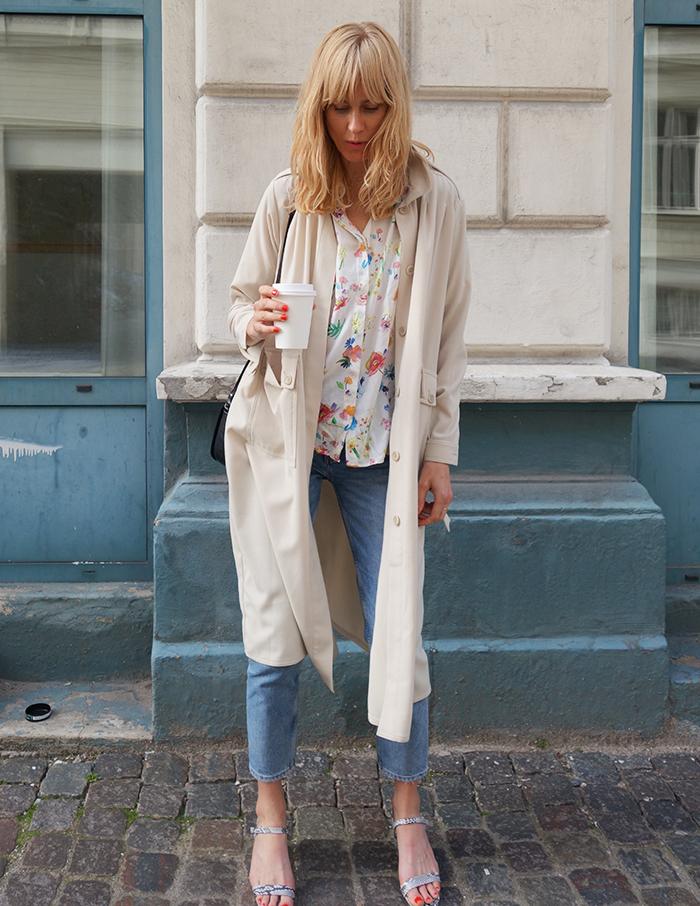 outfitpose_langblondin_0515
