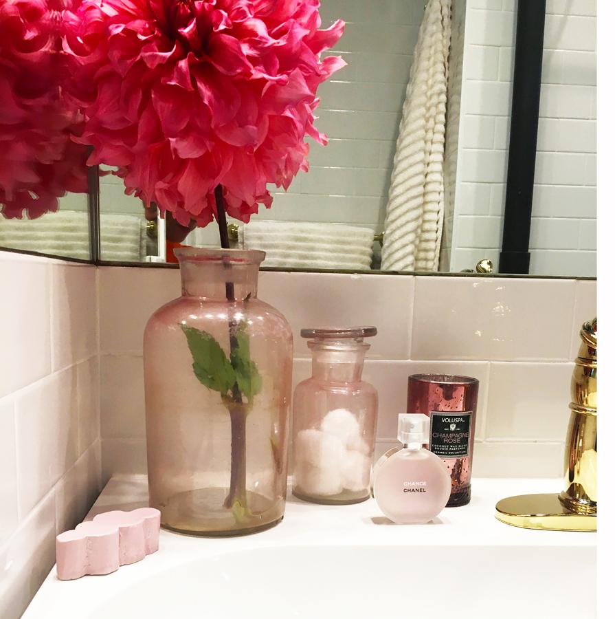 bathroomcorner1